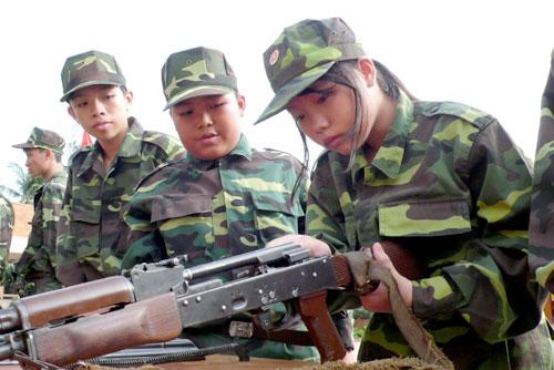 Quảng cáo cho Học kỳ quân đội 2013 Hkqd310