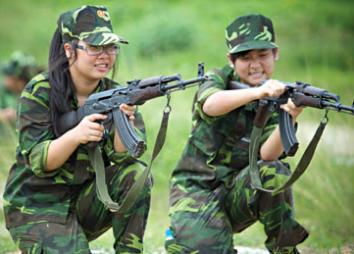 Quảng cáo cho Học kỳ quân đội 2013 Hkqd410