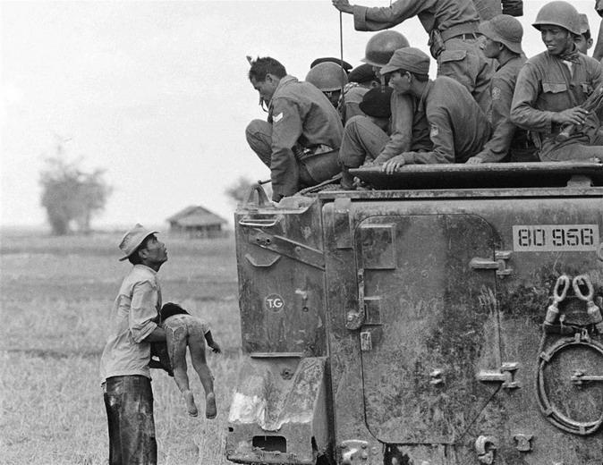 Xem lại những bức ảnh giành giải Pulitzer về chiến tranh Việt Nam Kienth10
