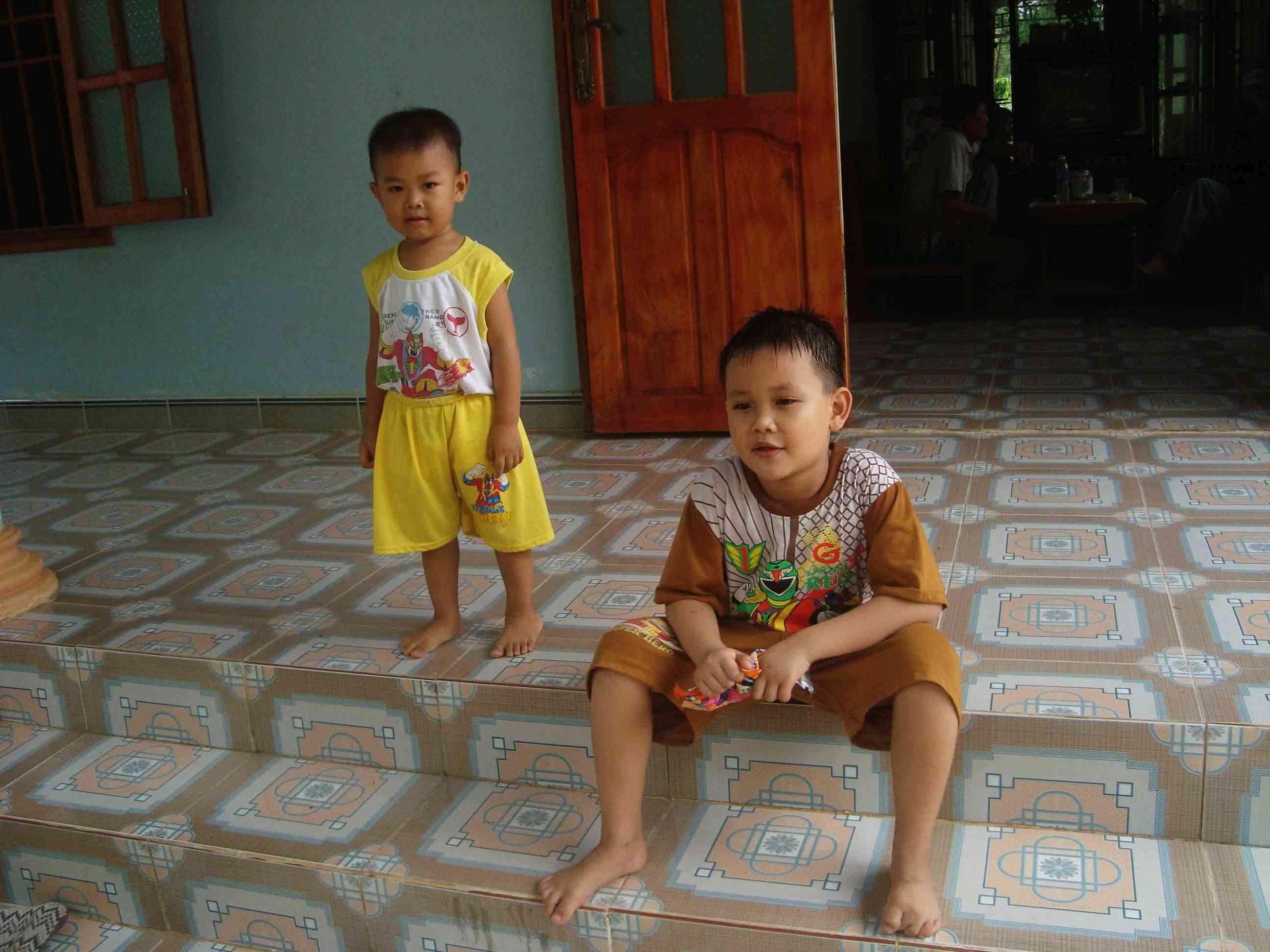 Truy tìm Phạm Quang Vũ sứt Vu0610