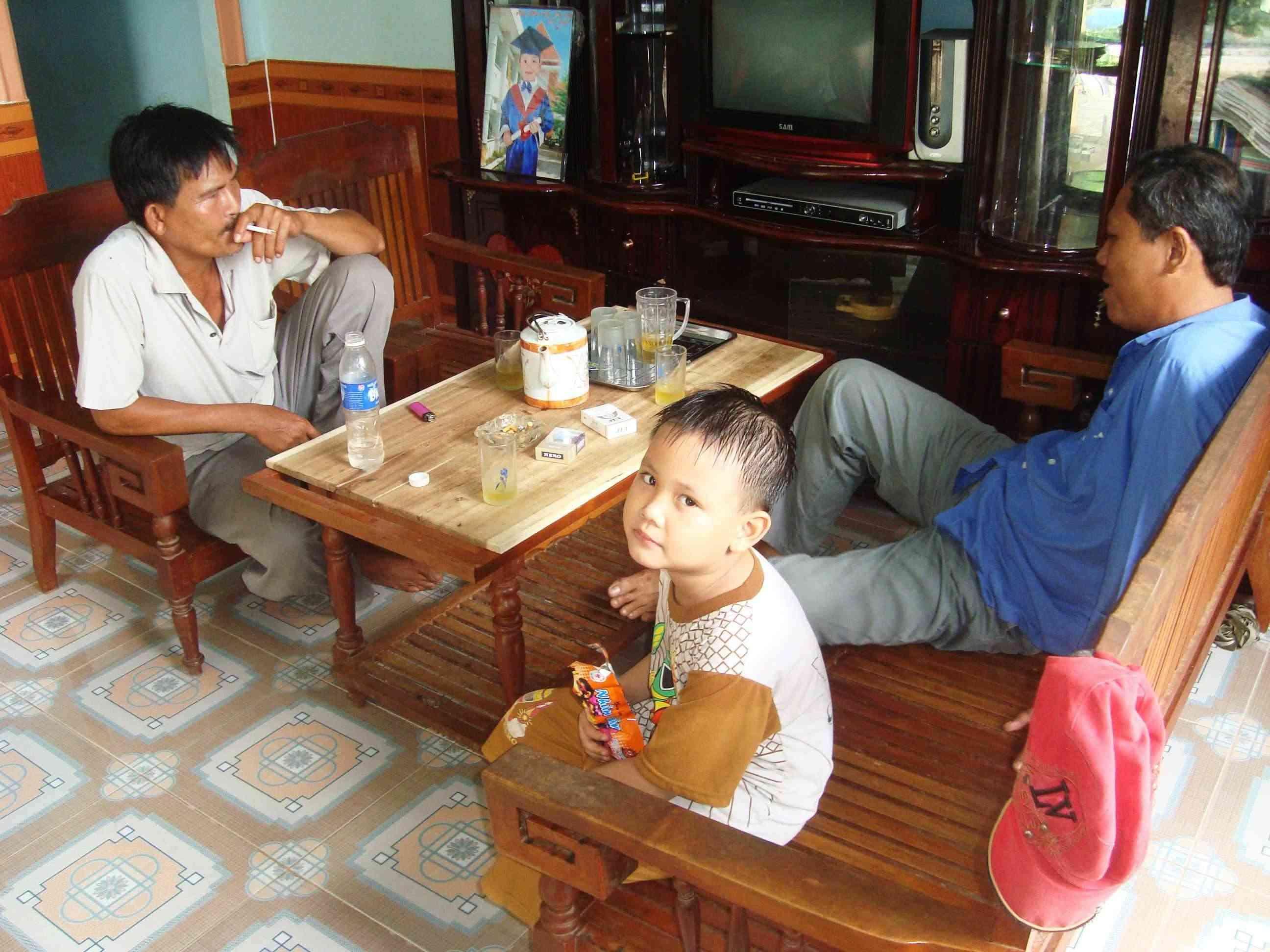 Truy tìm Phạm Quang Vũ sứt Vu1210