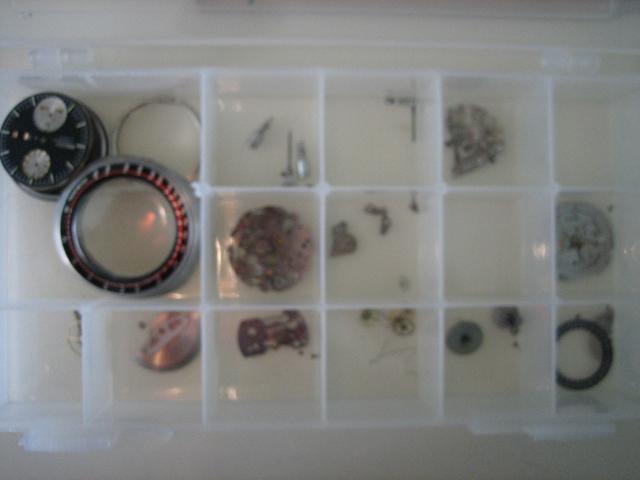 Breitling - [TOPIC UNIQUE : recherches de fournitures, pièces] - Page 21 Seiko_10
