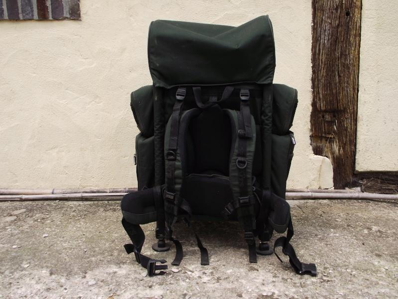 a vendre sac à dos et bed chair 01110