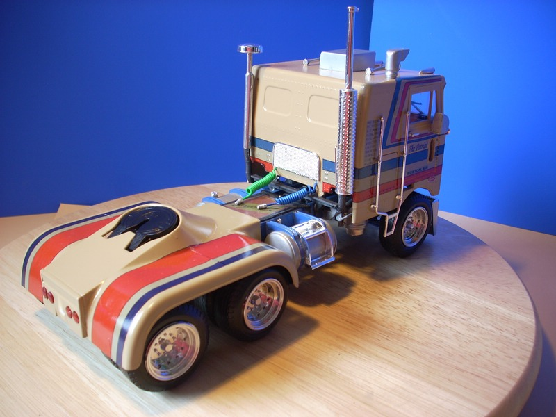 AMT Peterbilt Turnpiker Comp_016