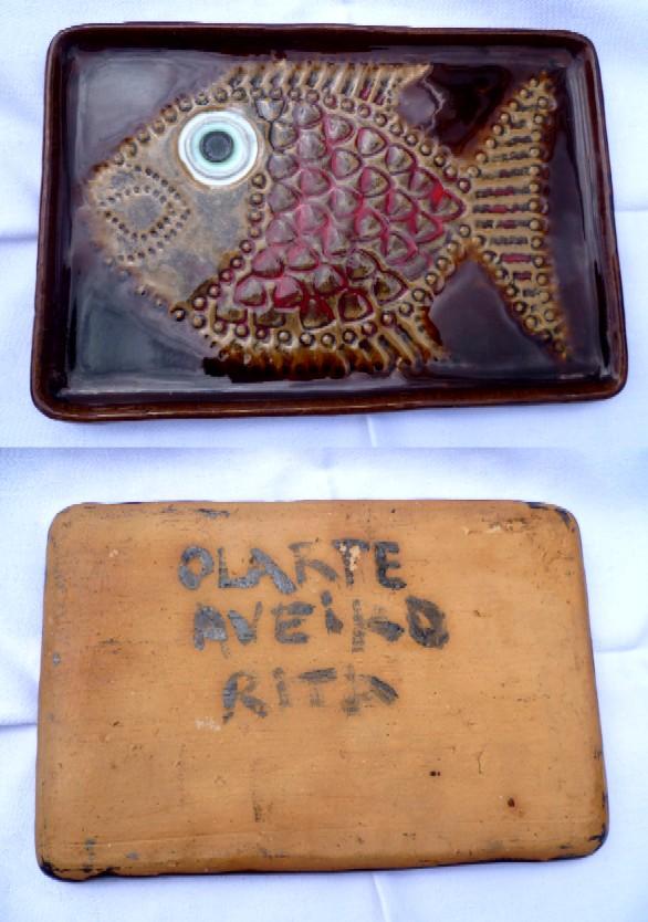 Olarte Pottery in Aveiro, Vasco Branco - fish dish signed Rita  Afish10