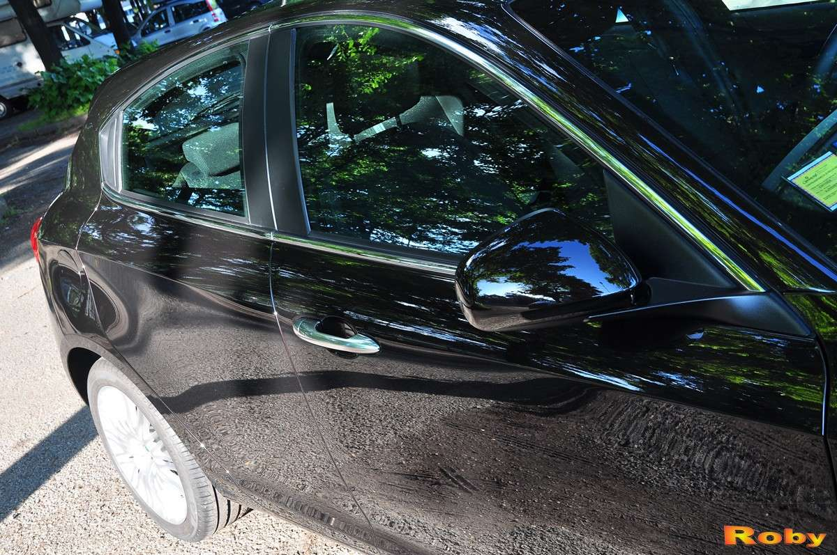 Roby Pozzato e la sua Giulietta nero Etna - Le ultime parole famose... Dsc_3111