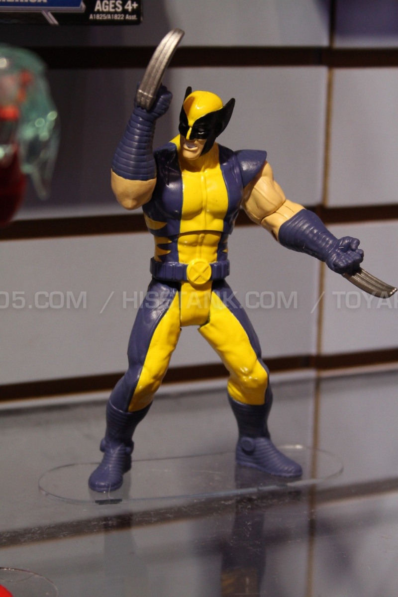 """The Avengers 3.75"""" 2013 Figures Avenge12"""