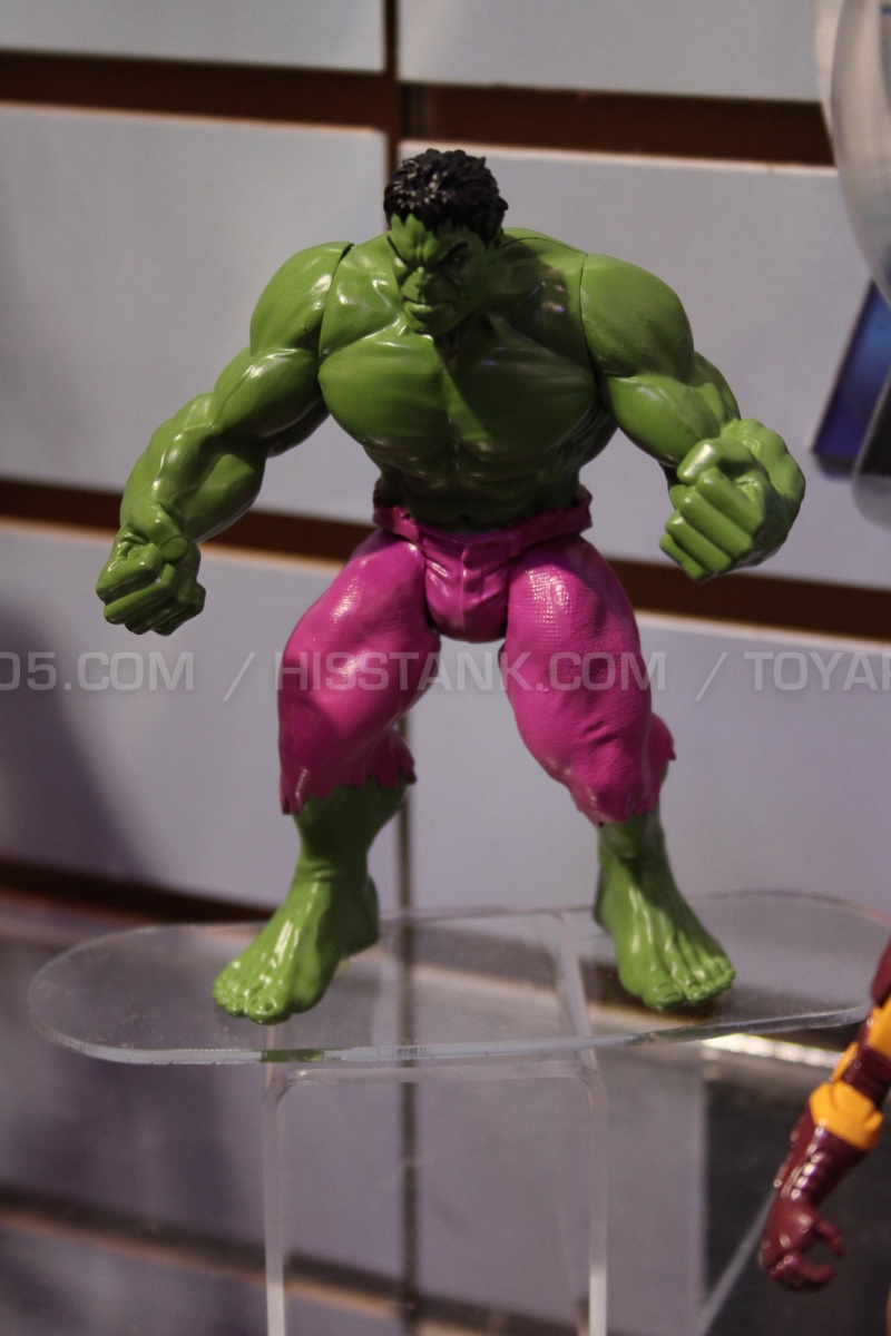 """The Avengers 3.75"""" 2013 Figures Avenge21"""