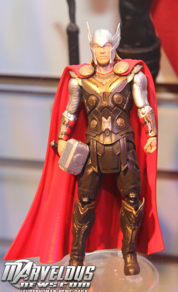 Thor 2: The Dark World Merchandise and Action Figures Thor_110