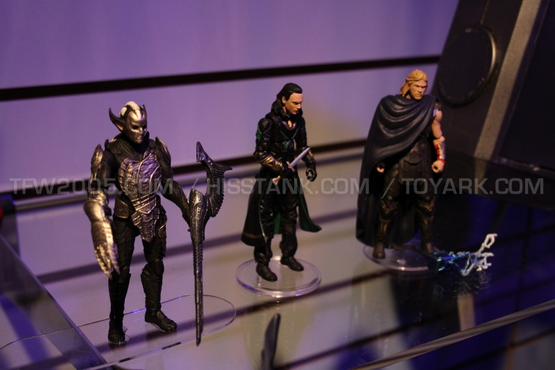 Thor 2: The Dark World Merchandise and Action Figures Thor_210