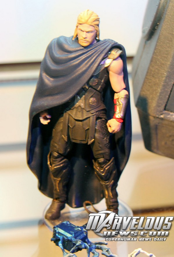 Thor 2: The Dark World Merchandise and Action Figures Thor_510