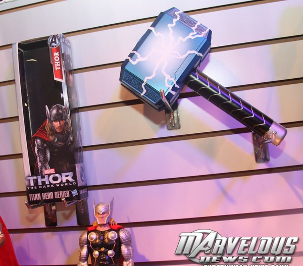 Thor 2: The Dark World Merchandise and Action Figures Thor_710