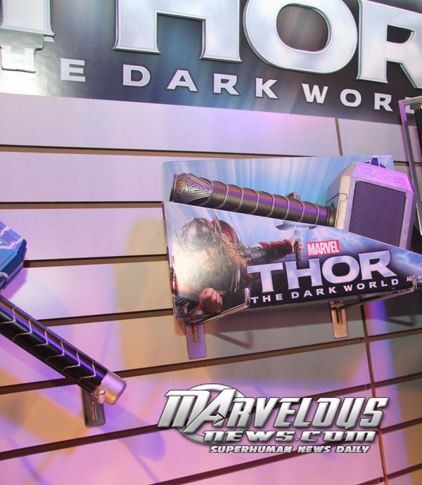Thor 2: The Dark World Merchandise and Action Figures Thor_810