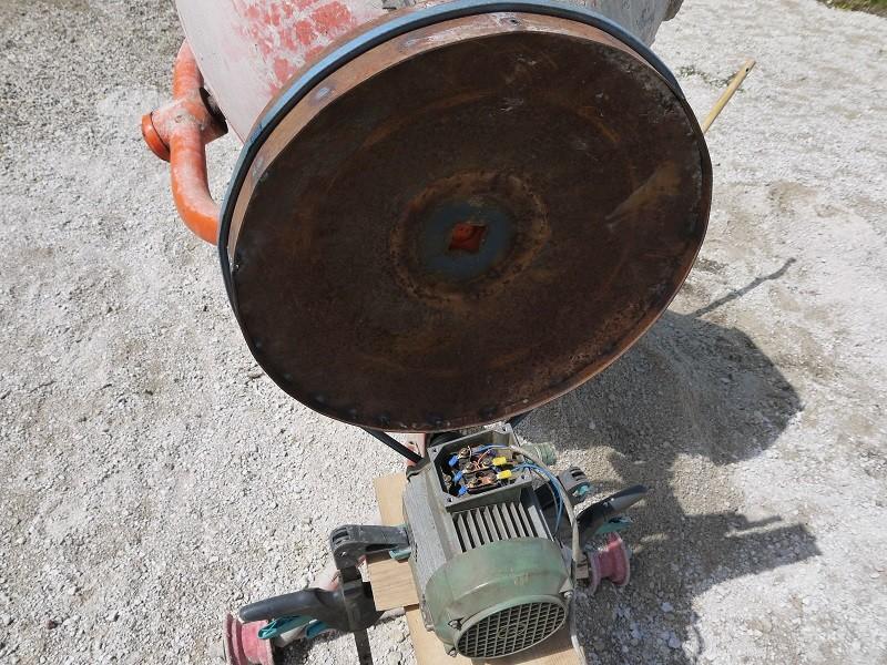 [Maintenance] Sauvetage d'une Bétonnière BricoD P1010316