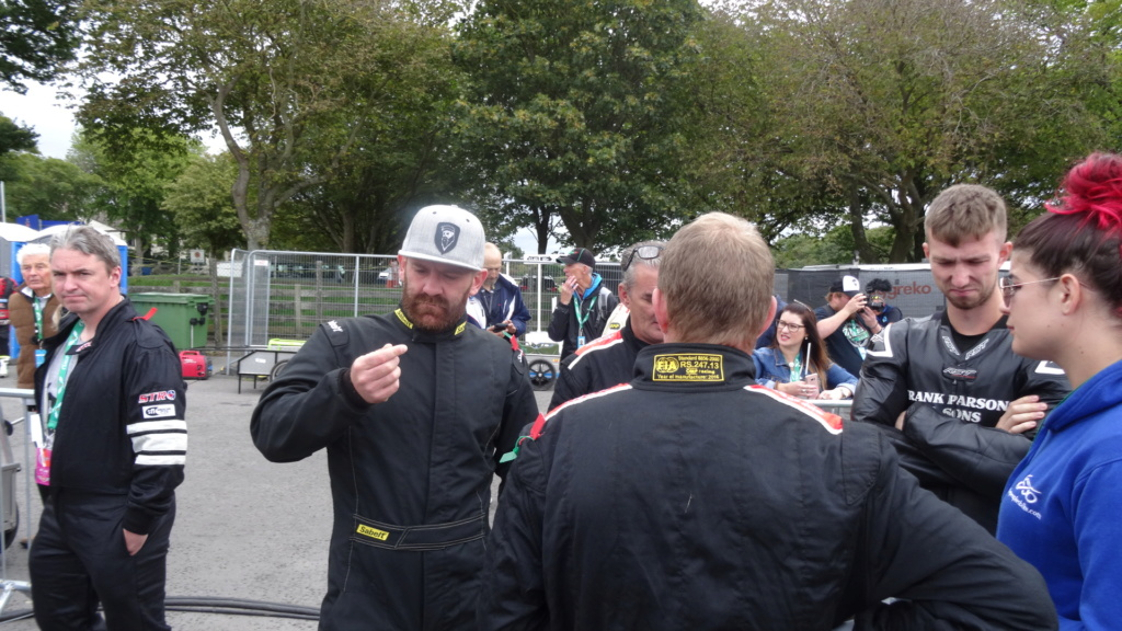 [Road racing] Classic TT/ Manx GP 2019  - Page 12 Dsc08911
