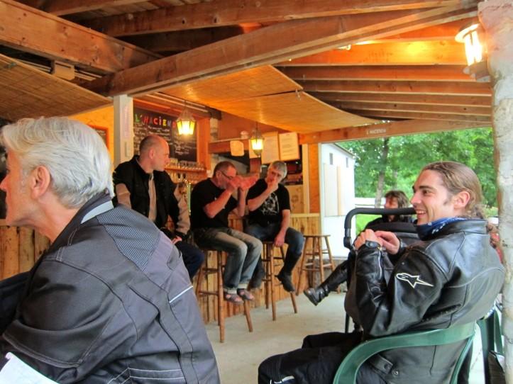 Compte-rendus Rencontre V2 en Ardèche 2013 - Page 2 Forum_24