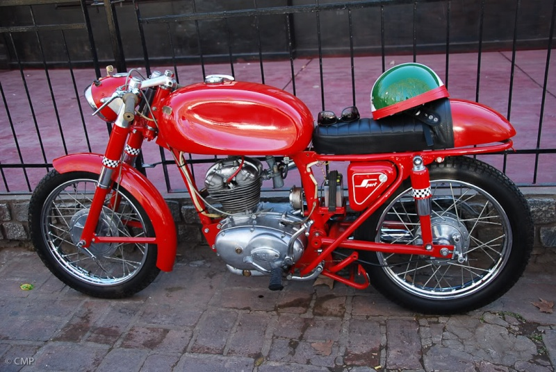 Ici on balance les Monos Ducati - Page 6 20090710