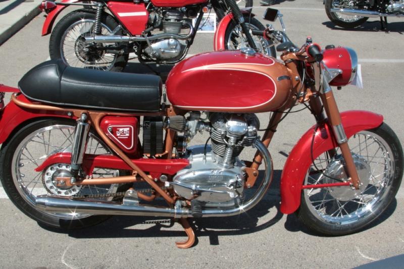 Ici on balance les Monos Ducati - Page 7 45531610