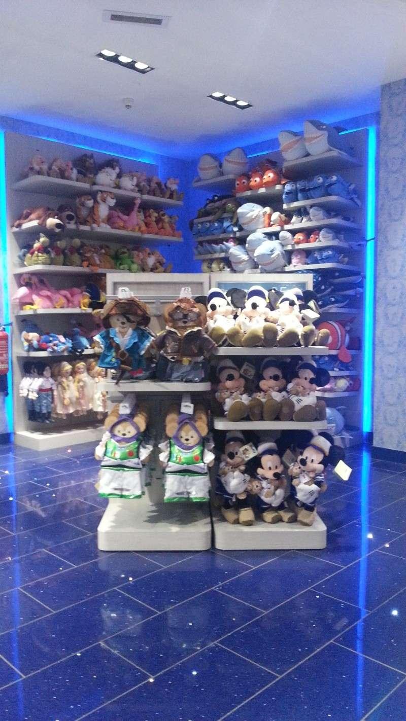 Disney Store Champs- Elysées - Page 2 20130516