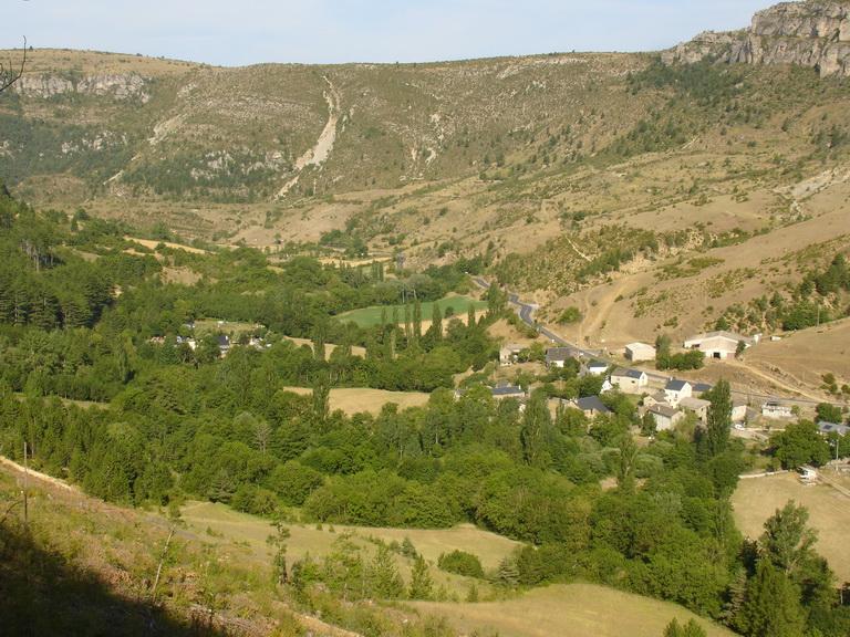 """meyrueis  lozere,camping """"la cascade"""" R2010012"""