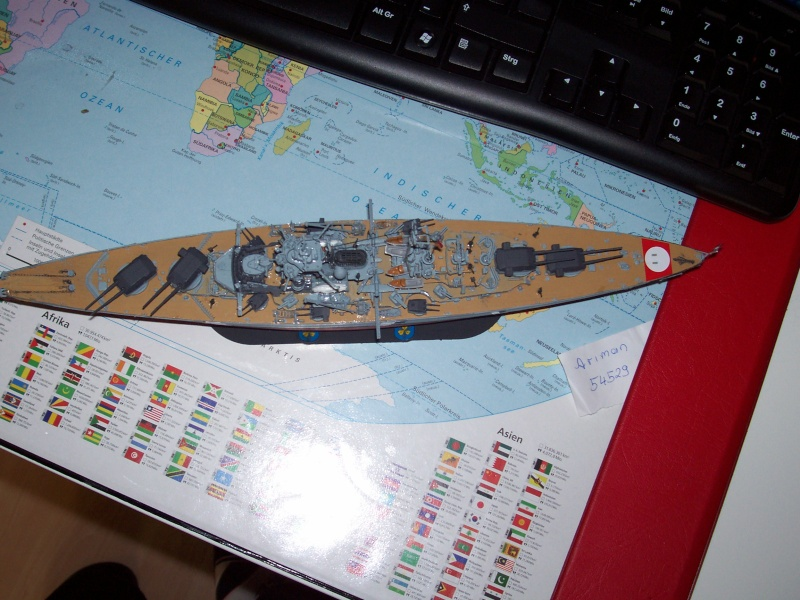 Baubericht Revell Bismarck 1:700 - Seite 2 Black_16