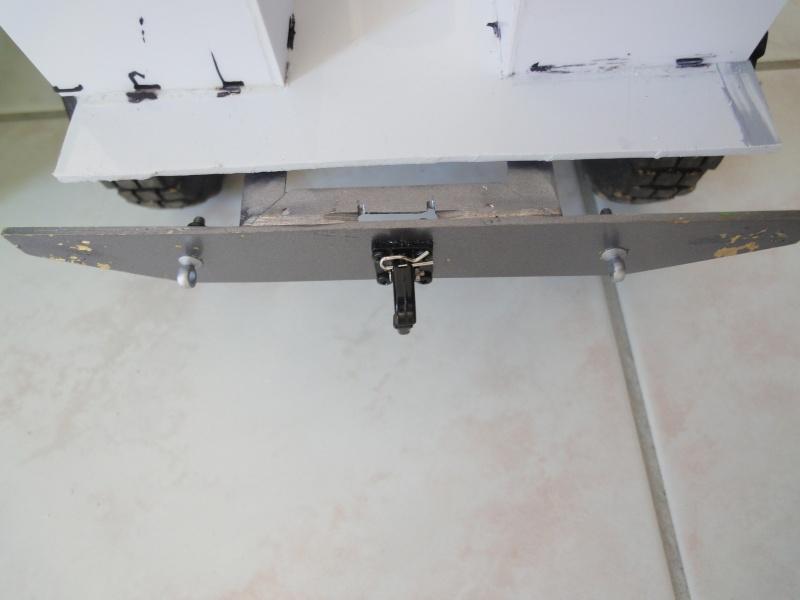 Naissance d'un nouveau DEF 110 sur SCX-10 Dsc02416