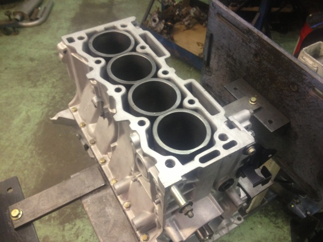 moteur peugeot 205 1.3 rallye Img_2115