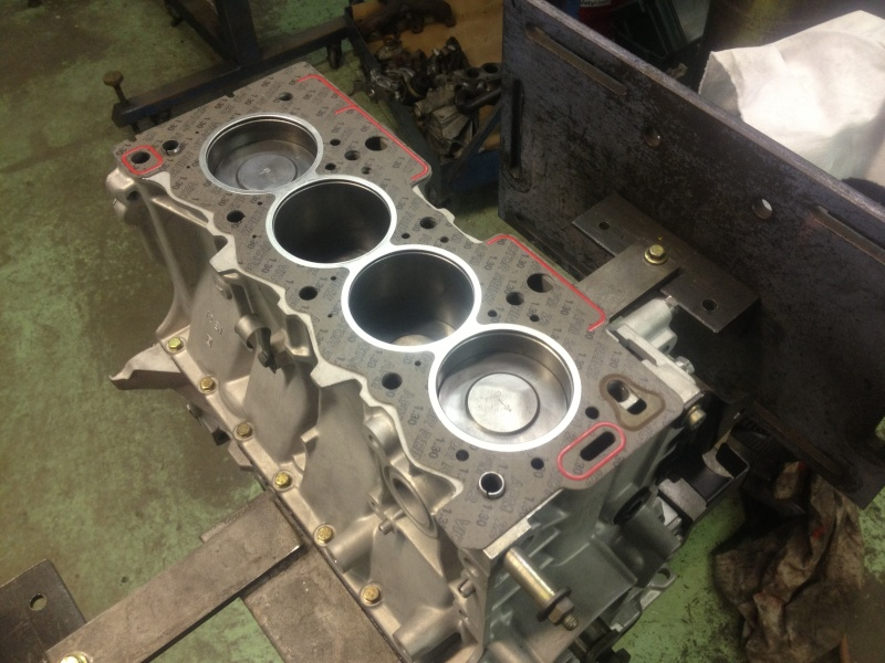 moteur peugeot 205 1.3 rallye Img_2312