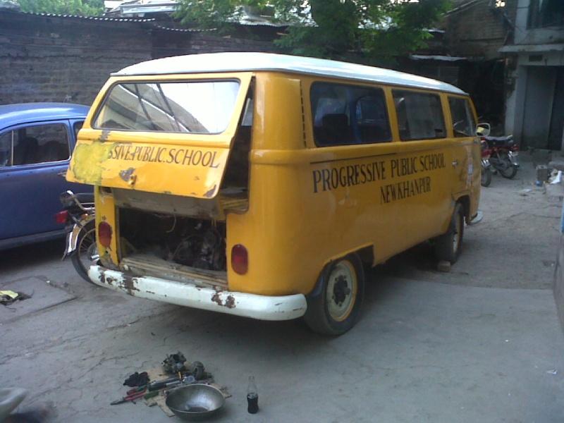 Missionare - 1969 Early/Low Light RHD T2a Bay Window Walkthrough Microbus Img-2015