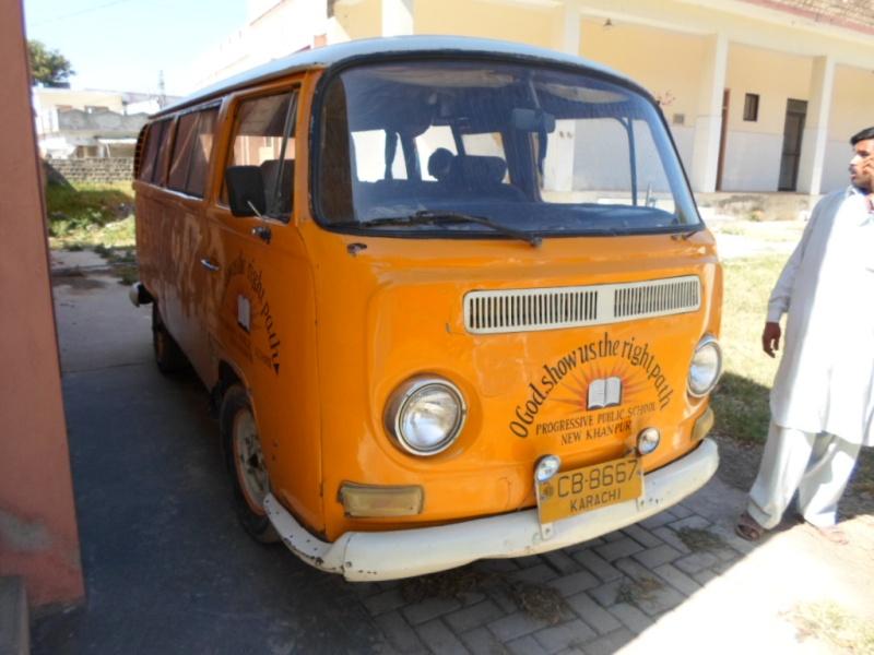 Missionare - 1969 Early/Low Light RHD T2a Bay Window Walkthrough Microbus Sam_0713
