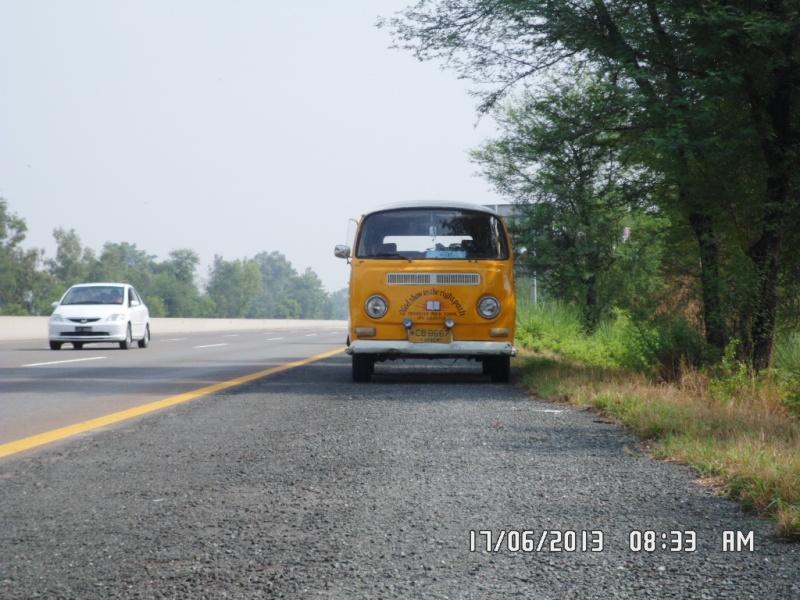 Missionare - 1969 Early/Low Light RHD T2a Bay Window Walkthrough Microbus Sam_4118