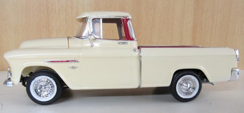 Chevrolet Pickups 1955_c11