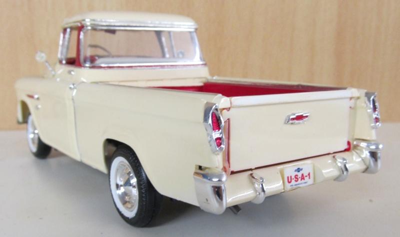 Chevrolet Pickups 1955_c12