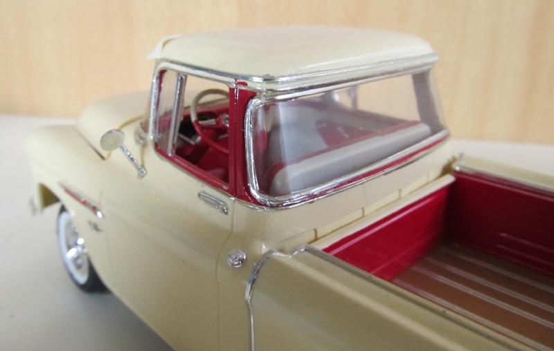 Chevrolet Pickups 1955_c13