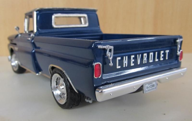 Chevrolet Pickups 1960_c12