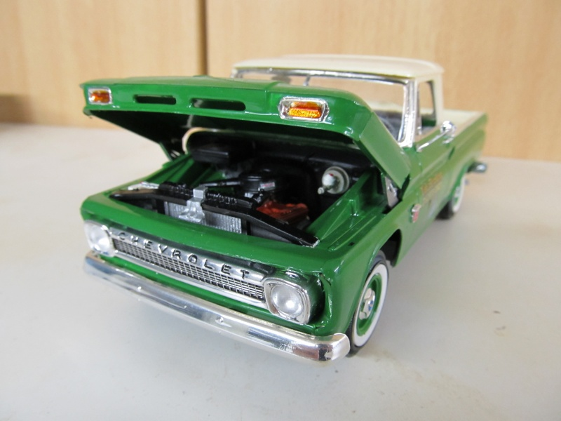 Chevrolet Pickups 1964_c14