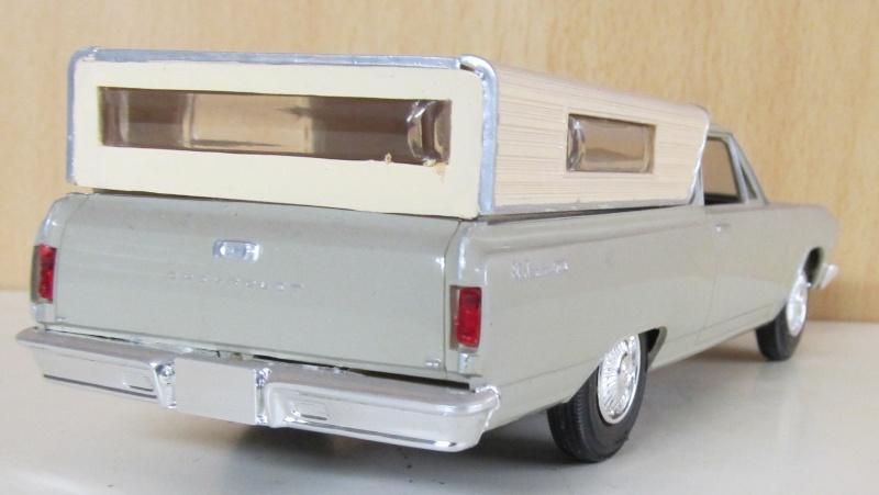 Chevrolet Pickups 1965_e11