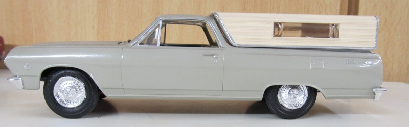 Chevrolet Pickups 1965_e12