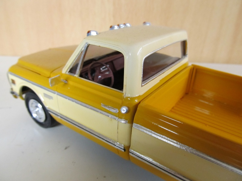 Chevrolet Pickups 1972_c14