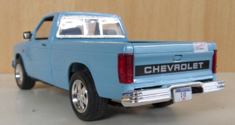 Chevrolet Pickups 1984_c12