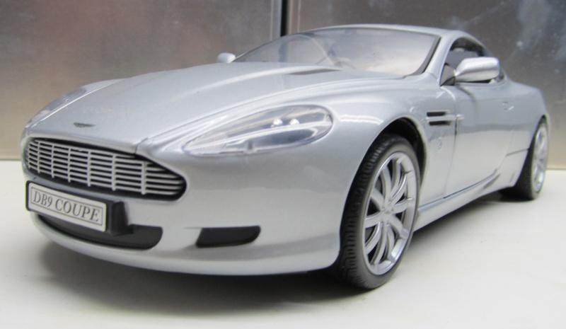 Blaasi's 1 zu 18er Aston_10