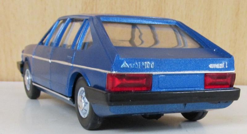 Audi 100 LS Avant in 1 zu 25 Audi_117