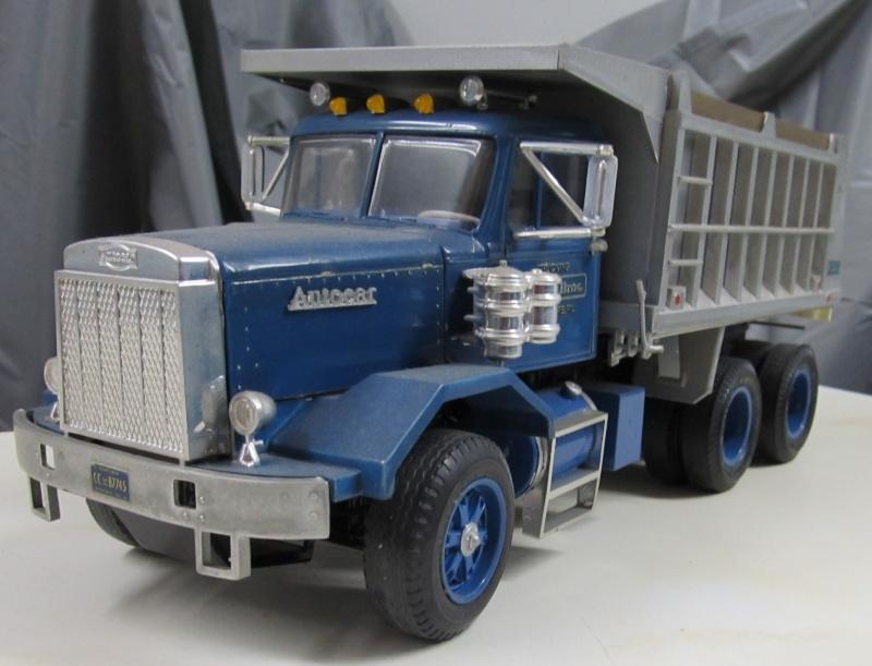Kenworth W900 Dump Truck (Revell 07406) Maßstab 1 zu 25 Autoca11
