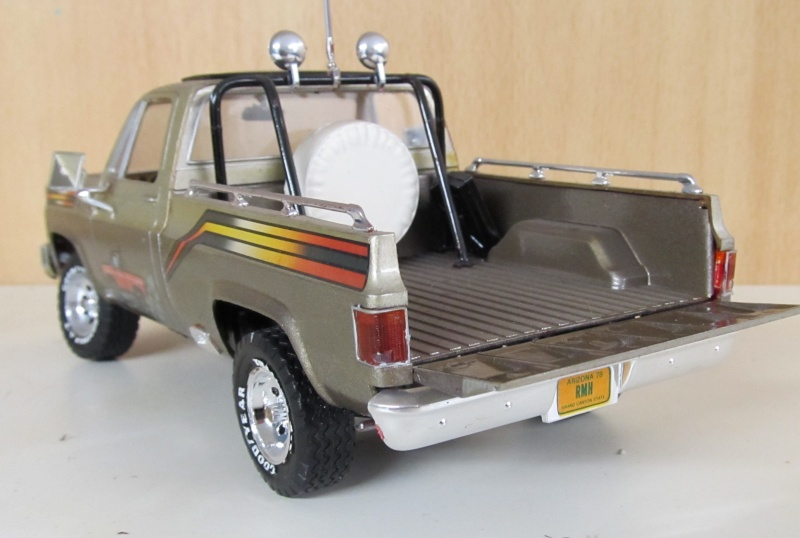 Chevrolet Pickups Gmc_sp13