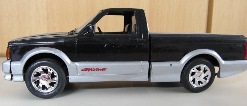Chevrolet Pickups Gmc_sy10