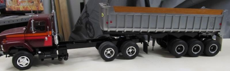 Kenworth W900 Dump Truck (Revell 07406) Maßstab 1 zu 25 Intern30