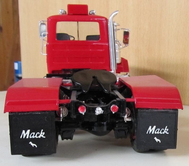 Meine Mack-Modelle in 1 zu 25 und 1 zu 24 Mack_d10