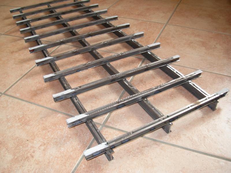 Ponte in ferro  simil bailey Dscn3010