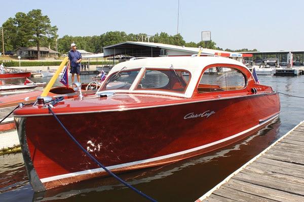 A boat for Happydad's Enya 1950-c10