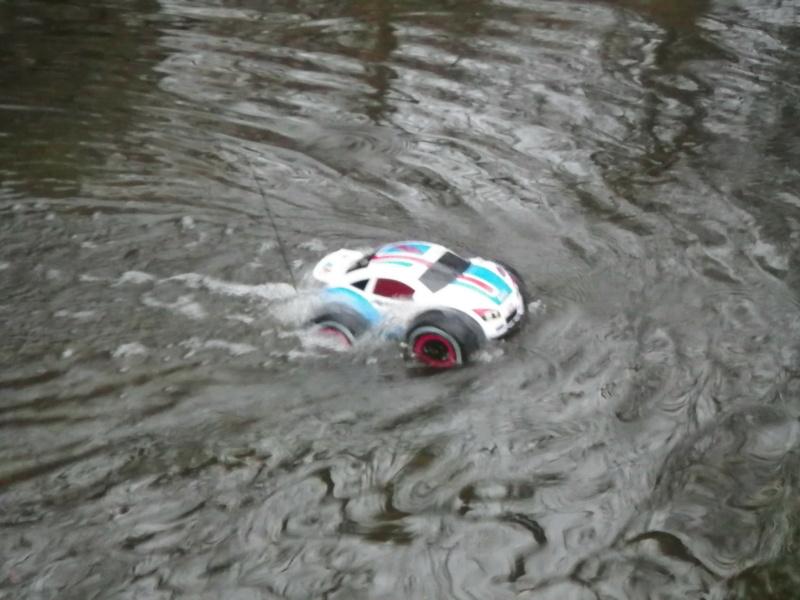 Tinking of  build Amphibious vehicle with .049 engine Imgp2612